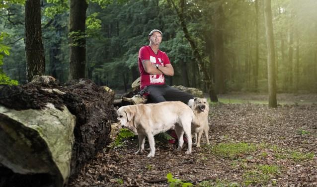 John van de Steeg: ,,Ik ga elke ochtend met de honden naar het bos.''