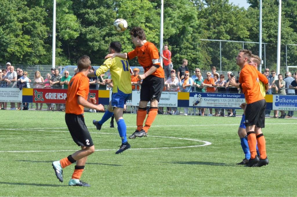 De wedstrijd liep geen moment uit de hand. Jos van Rooijen © BDU media