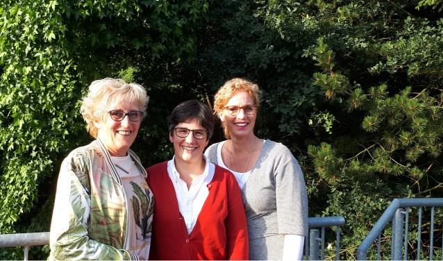 Annemarie Huiskes, Mireille Blokhuis en Ellen van Dijk zetten zich via de Soroptimistclub UH in voor steun aan goede doelen.