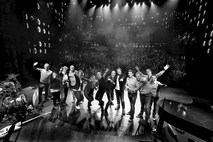 De Edwin Evers Band, met de beste muzikanten van Nederland, onder leiding van Nederlands' bekendste ochtend DJ, Edwin Evers, brengt een onvergetelijke show op 1 september.