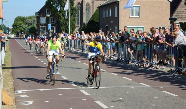De eerste etappe is verreden. Sander won net.
