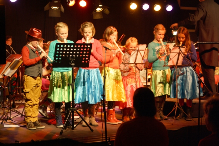 Crescendo's leerlingen van de cursus Algemene Muzikale Vorming (7-10 jaar).