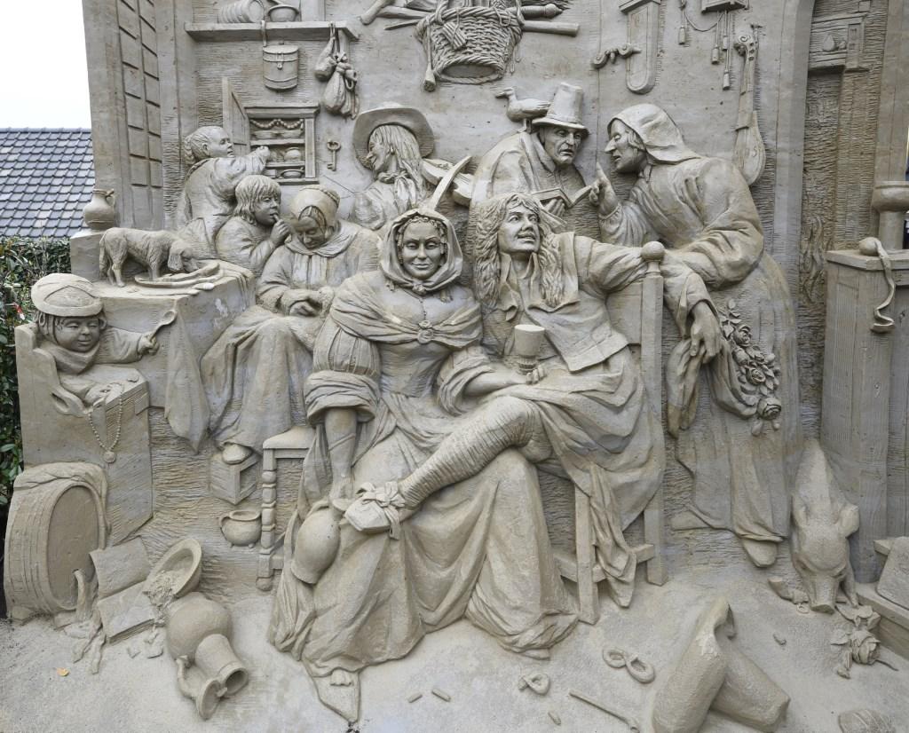 """Zandsculpturenfestijn met als thema """"Hollandse Meesters"""" Henk Hutten © BDU media"""