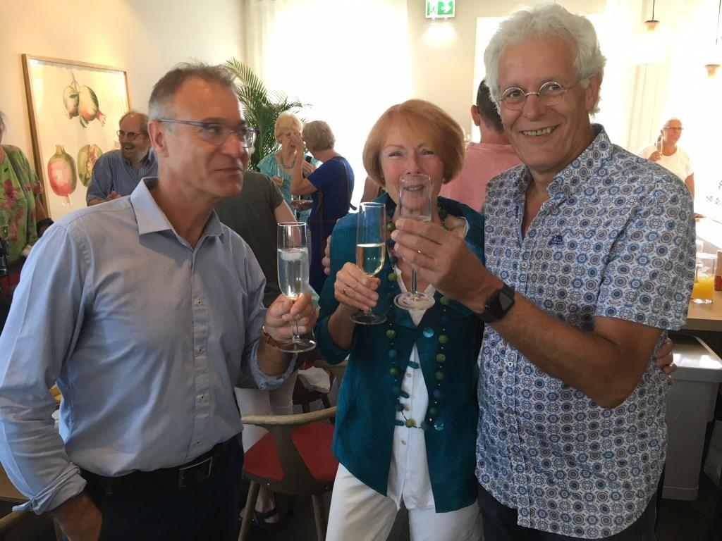 Een toost op de opening van Het Gastenhuis Leusden, deze zomer. Marco Bosmans © BDU media