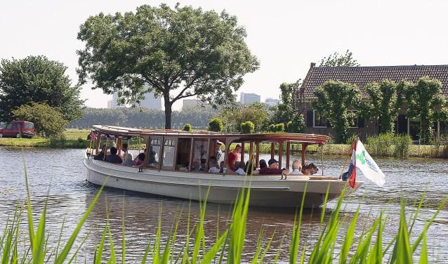 Een Amstellanddagboot.
