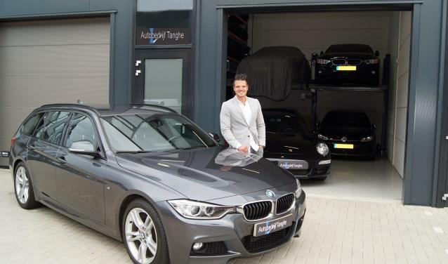 Met een bewuste kleinschalige opzet begeleidt Pieter zelf het complete aan- en verkooptraject bij Automakelaardij Tanghe