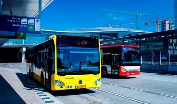 <p>Bussen U-OV en Syntus Utrecht</p>