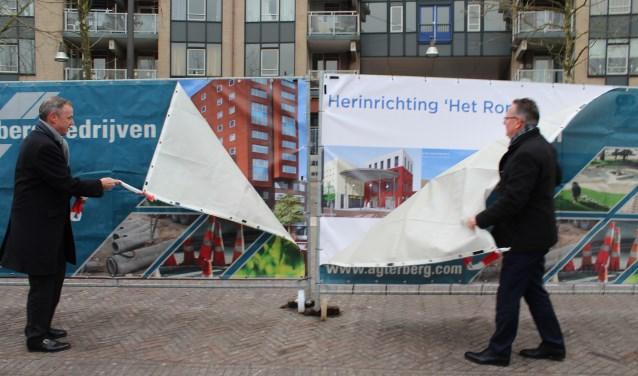 In februarie gaven Erwin Wessels en Herman Geerdes  het startsein voor de herinrichting van het plein van Het Rond. Nu wordt de opening gevierd.