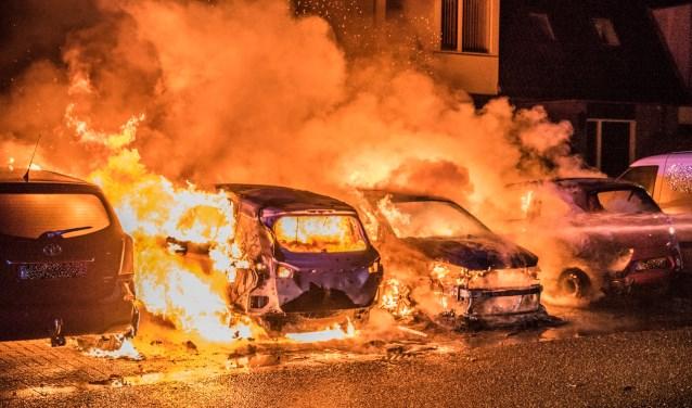 De autobranden vorig jaar in Savelsbos.