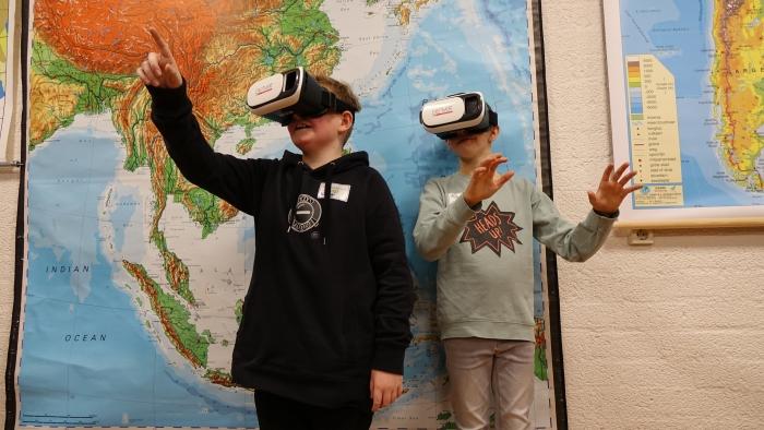 3D brillen bij Aardrijkskunde