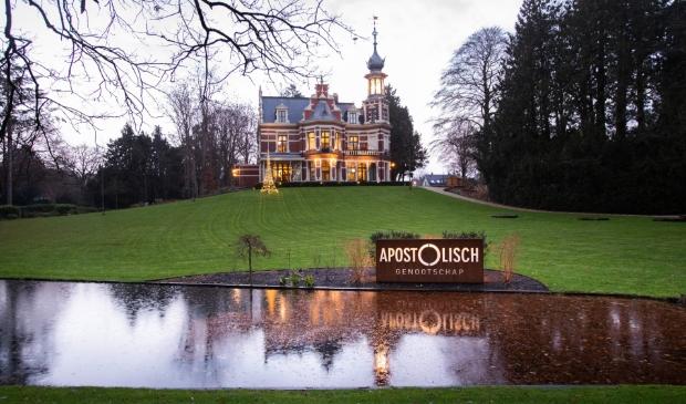 <p>Villa Berg en Dal waar het Apostolisch Genootschap in Baarn is gevestigd.</p>