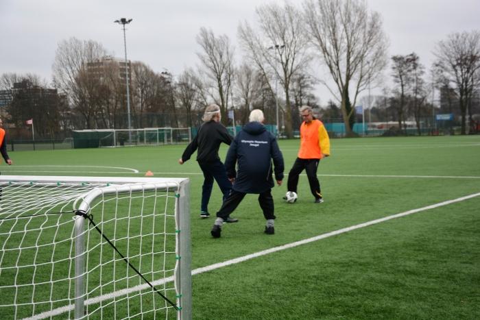 Actie tijdens Walking Football