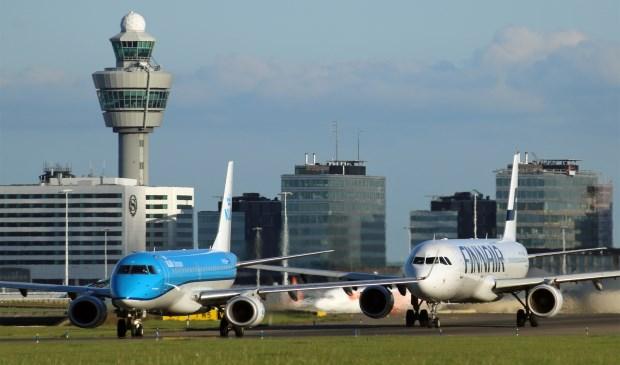 De partijen zijn het niet eens geworden over hoe het verder moet met Schiphol. Er komt geen advies.