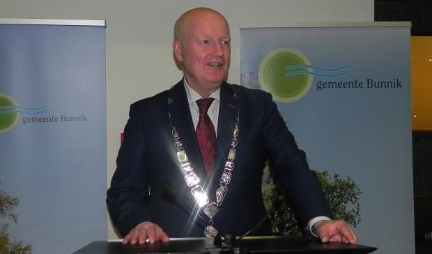 Burgemeester Ruud van Bennekom houdt zijn eerste nieuwjaarstoespraak.