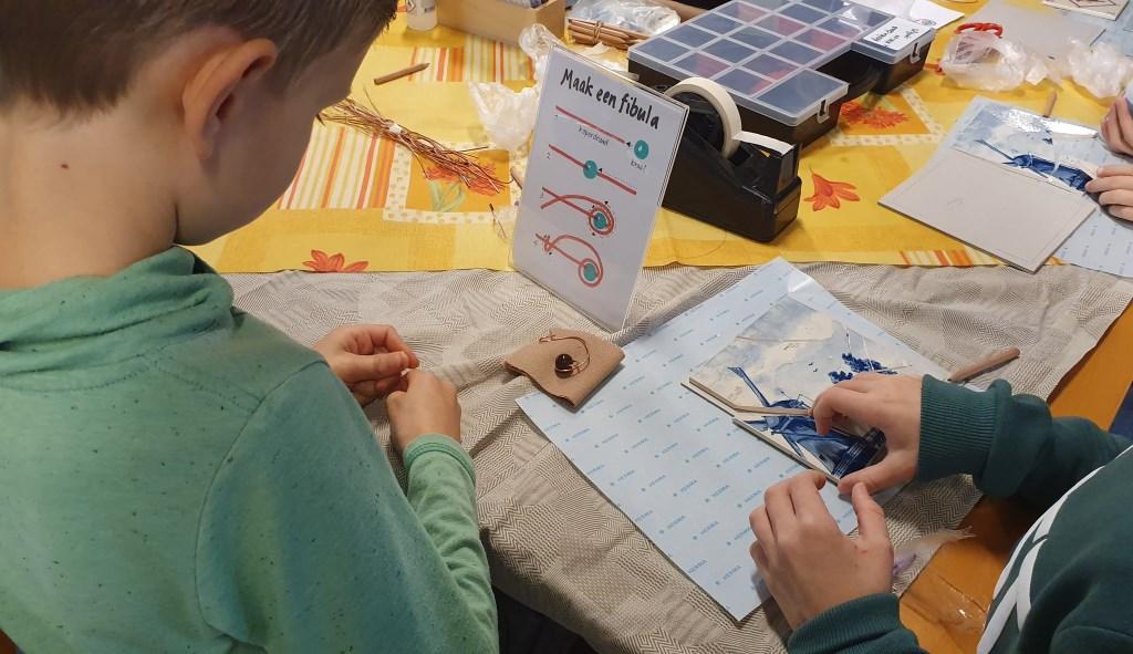 Het maken van een Fibula Irene van Valen © BDU media