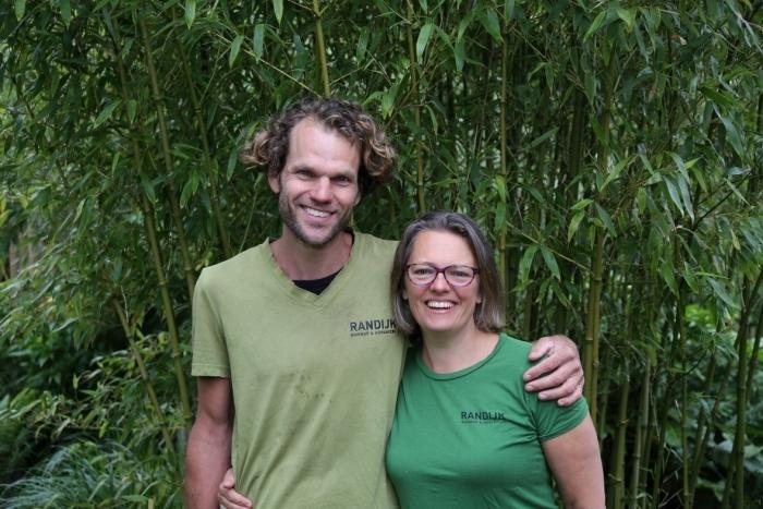 Foto: Erwin Kooijman en Kyra Gunneweg, eigenaren Randijk Bamboe & Hoveniers