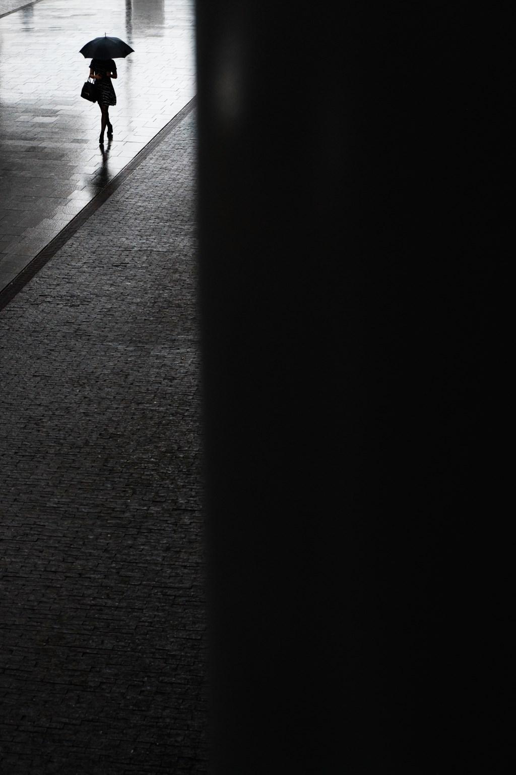 Crossed Legs, Amsterdam. Bas Hordijk © BDU media