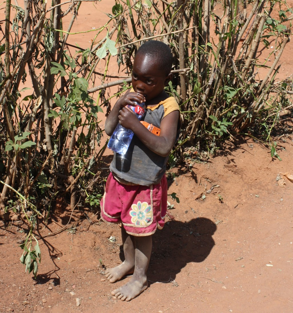 Franz ontmoette dit jongetje en gaf hem zijn water Franz Spansier © BDU media