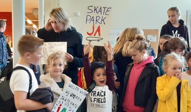 <p>Vorig jaar maakten Werkhovense kinderen duidelijk dat ze erg veel zin hebben in een skatebaan (archief okt 2019)</p>