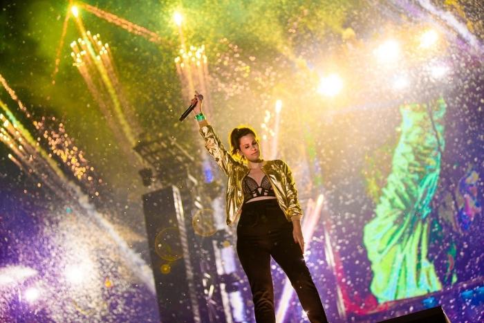 Susana zingt 'Shivers' op Mainstage Tomorrowland 2019