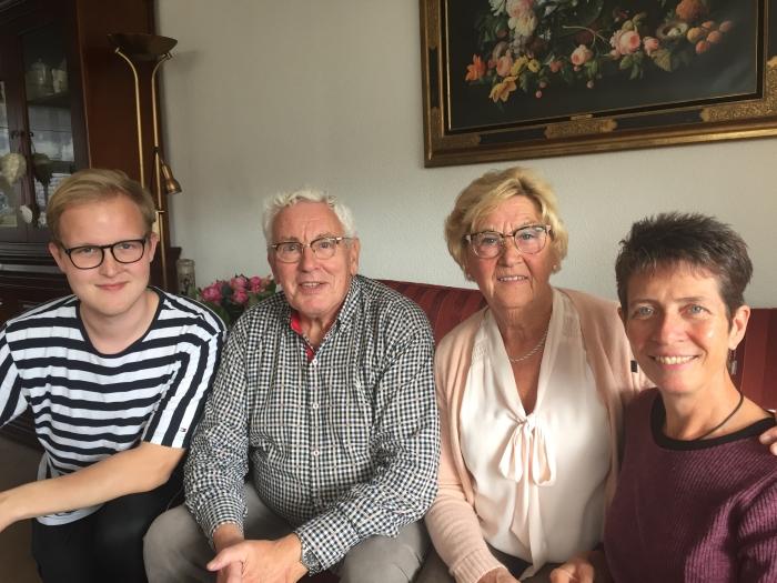 Van links naar rechts: Niels van Veldhuisen, Kees en Truus van den Bosch en Wendy Vander Hart.