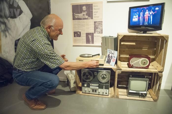 Gerard van Hamersveld brengt muziekdragers van vroeger tot leven tijdens twee muzikale avonden in Museum Nijkerk.