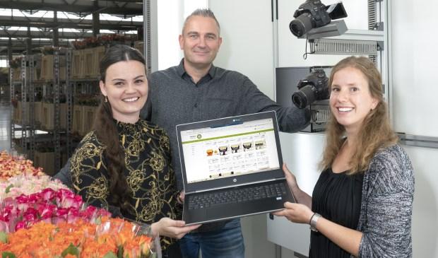 van links naar rechts: Eva Asijee (projectleider Klokaanbod), John van der Voort en Ilse Heddema (Plantion Digitale Marktplaats)
