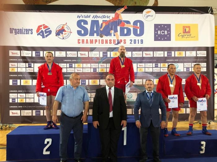 Nico Herbert wint zilver op de WK Sambo Masters 2019