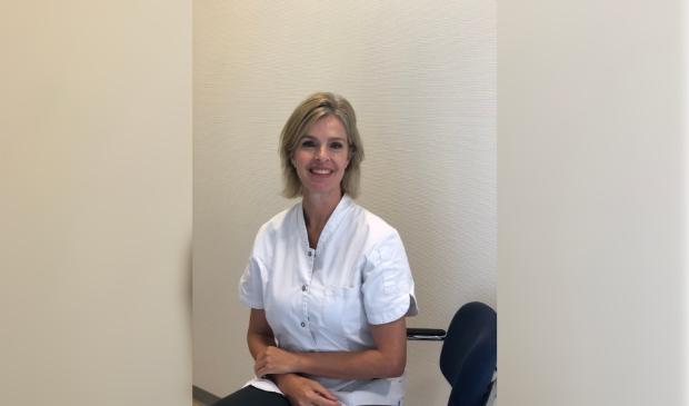 <p>Marieke van der Zeyst, Huid- en Oedeemtherapie Houten, www.jouwhuidtherapeut.nl&nbsp;</p>