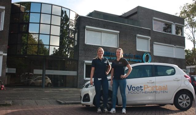 Podotherapeut Marieke Goossens (rechts)  en fysiotherapeut/podoloog Marjolein Verhoek (links).