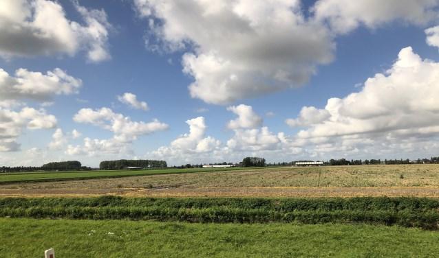 Akker langs de A4 te Hoofddorp