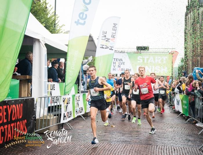 De start van de halve marathon Renata Jansen Fotografie © BDU media