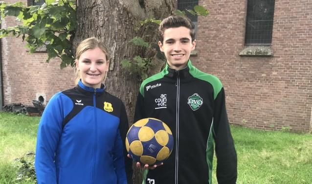 Puttense korfbaltalenten Fleur Kroes en Tim Kuiper mochten met de voorselectie van Oranje onder 17 vorige week maandag voor het eerst in Zeist trainen.