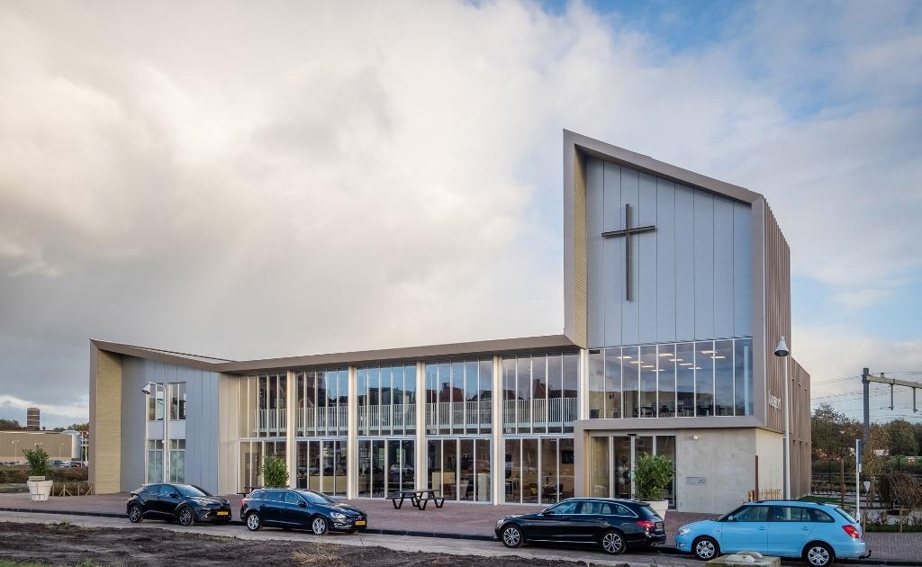 <p>De Kruispunt kerk in Vathorst.</p>