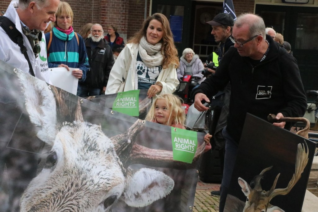 Geprotesteerd werd door jong en oud Wijnand Burger © BDU media