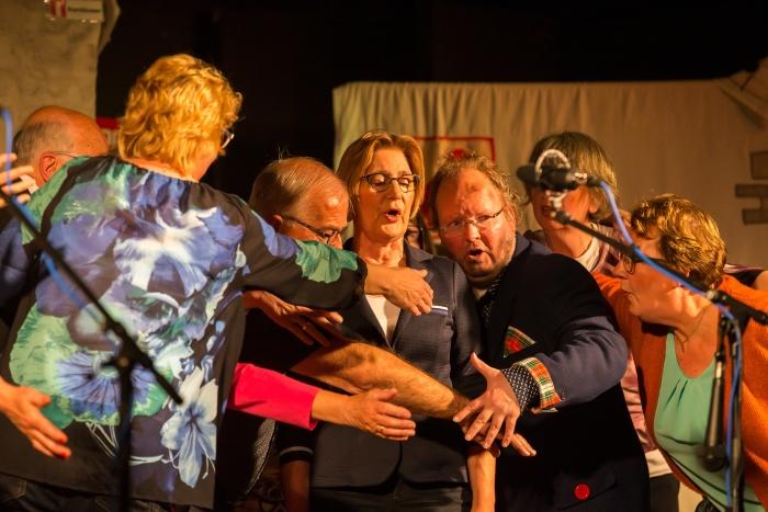 Musicalgroep De Hoeksche Duiven Peter Verheijen © BDU media