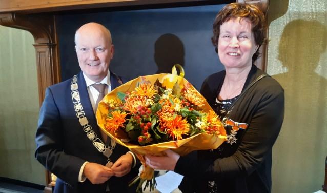 Nel van Vulpen-Grootjans krijgt koninklijke onderscheiding.