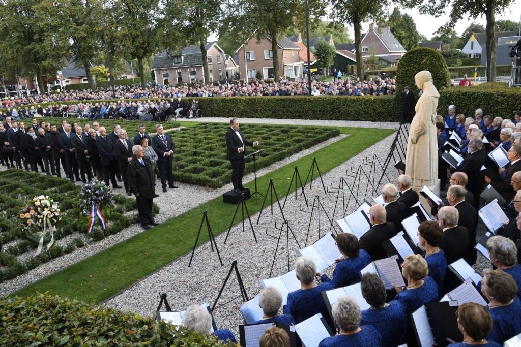 75-jarige herdenking razzia van Putten Henk Hutten © BDU media