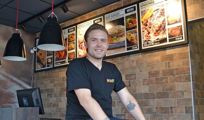 Kenneth van der Poel: ,,Spareribs Angus beef burgers, kip- en vismaaltijden. Dagvers bereid.''
