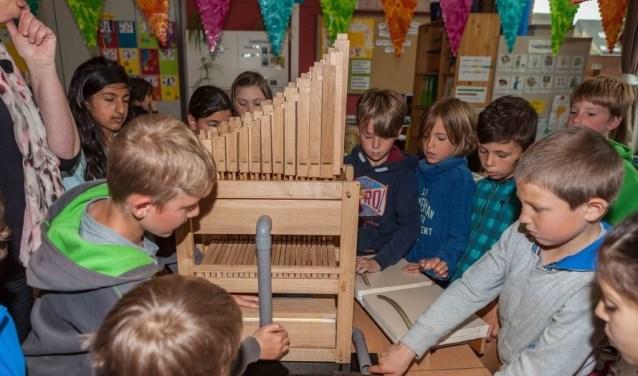 In de Grote Kerk gaat kinderen zelf een orgel bouwen