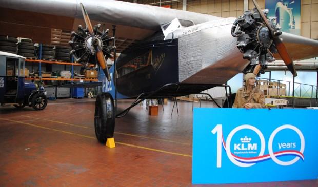 Replica van een Fokker F.7b-3m, het vliegtuig dat aan de basis stond van het succes van de KLM.