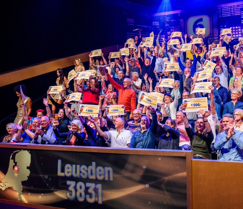 Leusdenaren winnen samen 25.000 euro bij Miljoenenjacht.