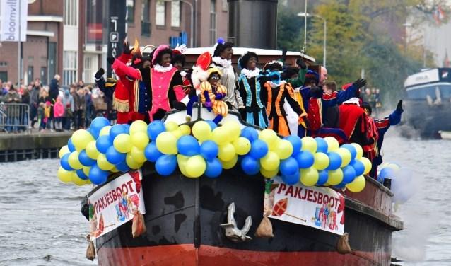 16-11 Sinterklaasintocht in Nijkerk en Nijkerkerveen 2019 - Stad Nijkerk