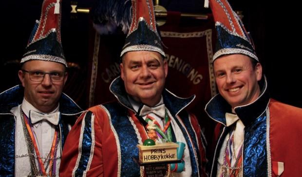 Prins Hobbykokkie met zijn adjudanten Lauw en Flauw.