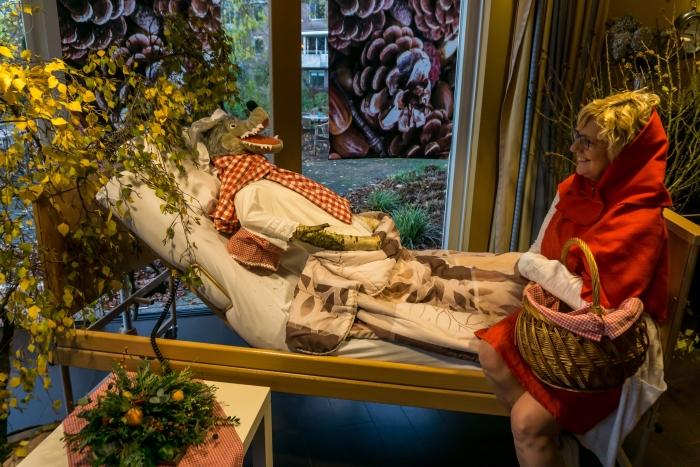 Roodkapje op bezoek bij de wolf Jolanda de Gast © BDU