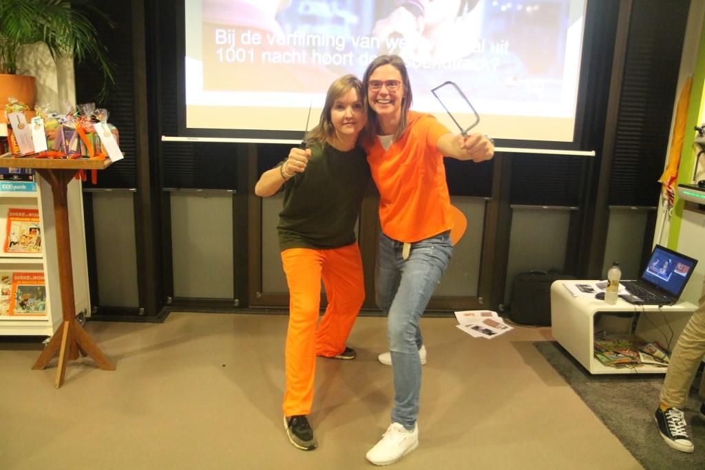 Links Femke en rechts Talitha die een carriére als cabaretiére leek misgelopen. Hannie van de Veen © BDU media