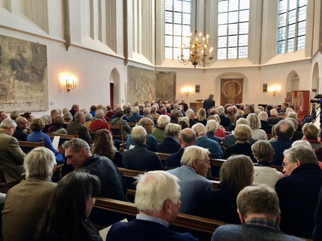 Zaterdagmiddag vond een speciale bijeenkomst rond Johan van Oldenbarnevelt plaats in de Sint- Joriskerk in Amersfoort. Minister van Staat, Piet Hein Donner, was hierbij aanwezig.  Ewerdt Heideman © BDU media