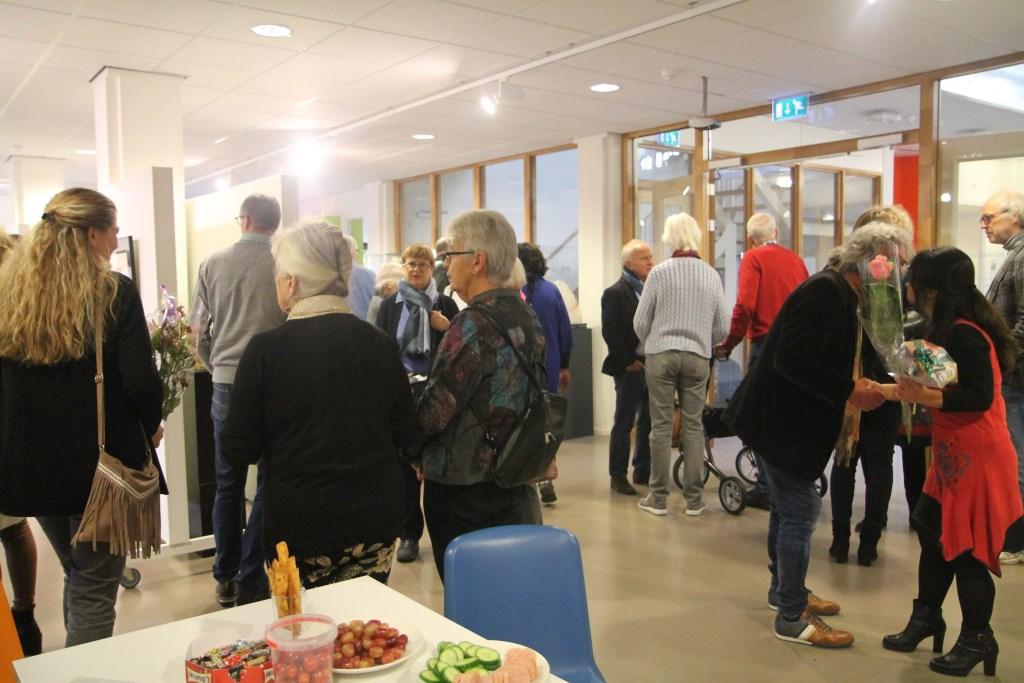 Veel publiek bij de opening van de expositie Hannie van de Veen © BDU media