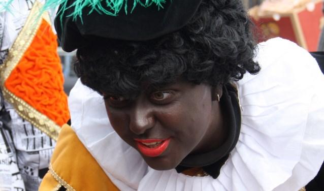 Zwarte Piet had alle aandacht voor de kinderen. Arnoud J Spaaij © BDU media
