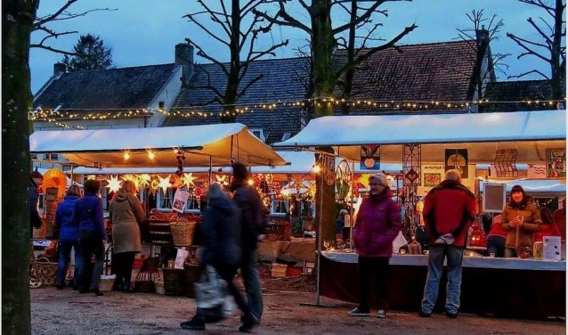 Het oude dorp van Amerongen is een prachtige entourage voor een winterfair